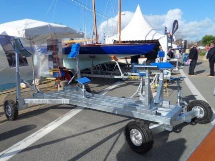 Remorque de mise à l eau pour bateau